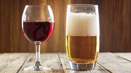 Uống quá nhiều rượu bia có thể ảnh hưởng đến hệ tiêu hóa, gây chán ăn