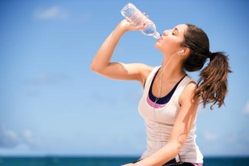 Bù nước và điện giải cho cơ thể
